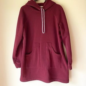 Hooded Sweatshirt with Front Pockets Long Length